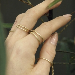 """Curvaceous"" Classic - Ring - Gold"