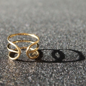 """Stripes & Joist"" Three Line - Ring - Gold"