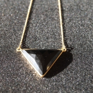 """""""Trinity"""" Onyx - Necklace - Gold"""