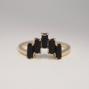 """Baguette"" Black Onyx Five - Ring - 18 Karat Gold"