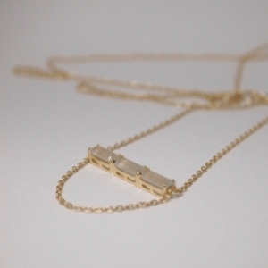 """Baguette"" Paper Moonstone Three - Necklace - 18 Karat Gold"