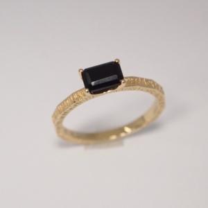 """Baguette"" Black Onyx Cocktail - Ring - 18 Karat Gold"