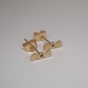 """Paillette"" Three One Black Diamond - Stud Earring - 18 Karat Gold"