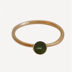 """Petit Point"" Green Jade - Ring - Gold"