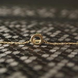"""Spot Classic"" Saturn Orbit - Necklace - Gold"