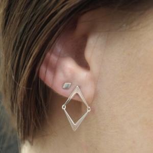"""""""Opalia"""" Arrow - Stud Earring - Silver"""
