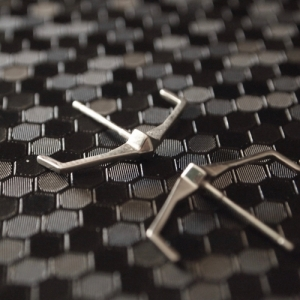 """Cleometra"" Pyramid Rivets Tron - Stud Earring - Silver"