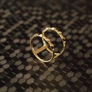 """Cleometra"" Pyramid Rivets Row Cage - Ring - Gold"