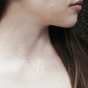 """Smilodon"" V - Necklace - Silver"