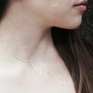 """Smilodon"" V - Necklace - Silver"