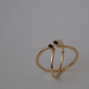 """Baguette"" Black Onyx X - Ring - 18 Karat Gold"