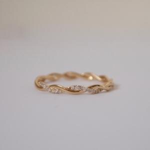 """Sophie"" Twist Diamond White - Ring - 18 Karat Gold"