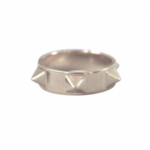 """Cleometra"" Pyramid Rivets Row Big - Ring - Silver"