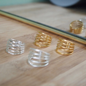 """Curvaceous"" Classic 5 - Ring - Gold"