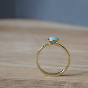 """Trinity"" Amazonite Solitaire - Ring - 18 Karat Gold"