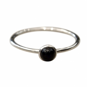 """Petit Point"" Onyx - Ring - Silver"