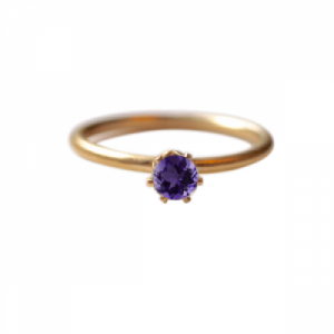 """Solitaire"" Amethyst (M) - Ring - Gold"