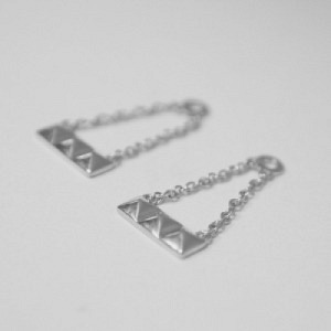 """Cleometra"" Pyramid Rivets - Earring Accessoires - Silver"