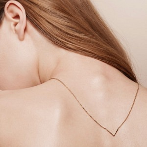 TRINITY   V - Necklace - Gold
