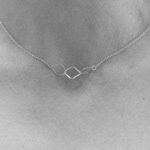 """Opalia"" Rhombus Trial - Collier - Silver"