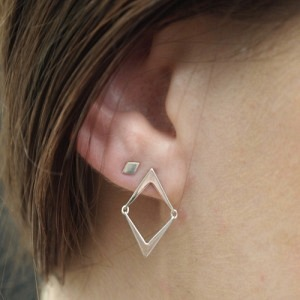 """Opalia"" Arrow - Stud Earring - Silver"