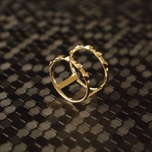 """Cleometra"" Pyramid Rivets Row Cage - Ring - Gold"