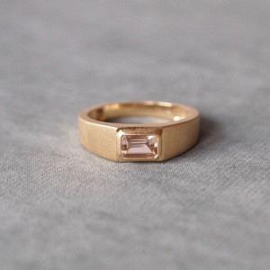"""""""Baguette"""" Morganite - Ring - 18 Karat Gold"""