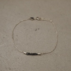 """Rocks"" Black Rough Diamond - Bracelet - Silver"