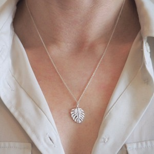 PANTHERA | Monstera Leaf - Necklace - Silver