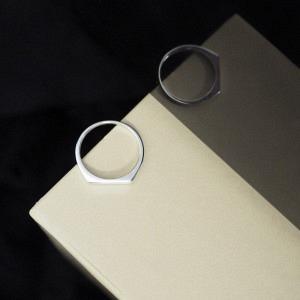STRIPES&JOIST | Slim Signet - Ring - Silver