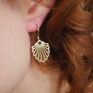 HUMMINGBIRD SHELL | Classic Big - Earring - Gold