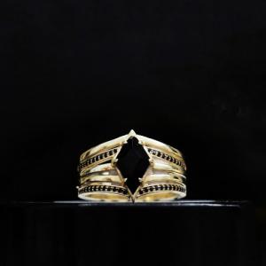 OPALIA | Evelyne`s Black Signum - Ring - 18 Karat Gold